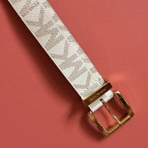 EUC Authentic Michael Kors white monogram belt
